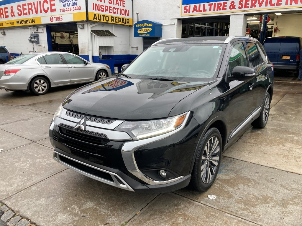 Used Car - 2020 Mitsubishi Outlander SEL AWD for Sale in Staten Island, NY