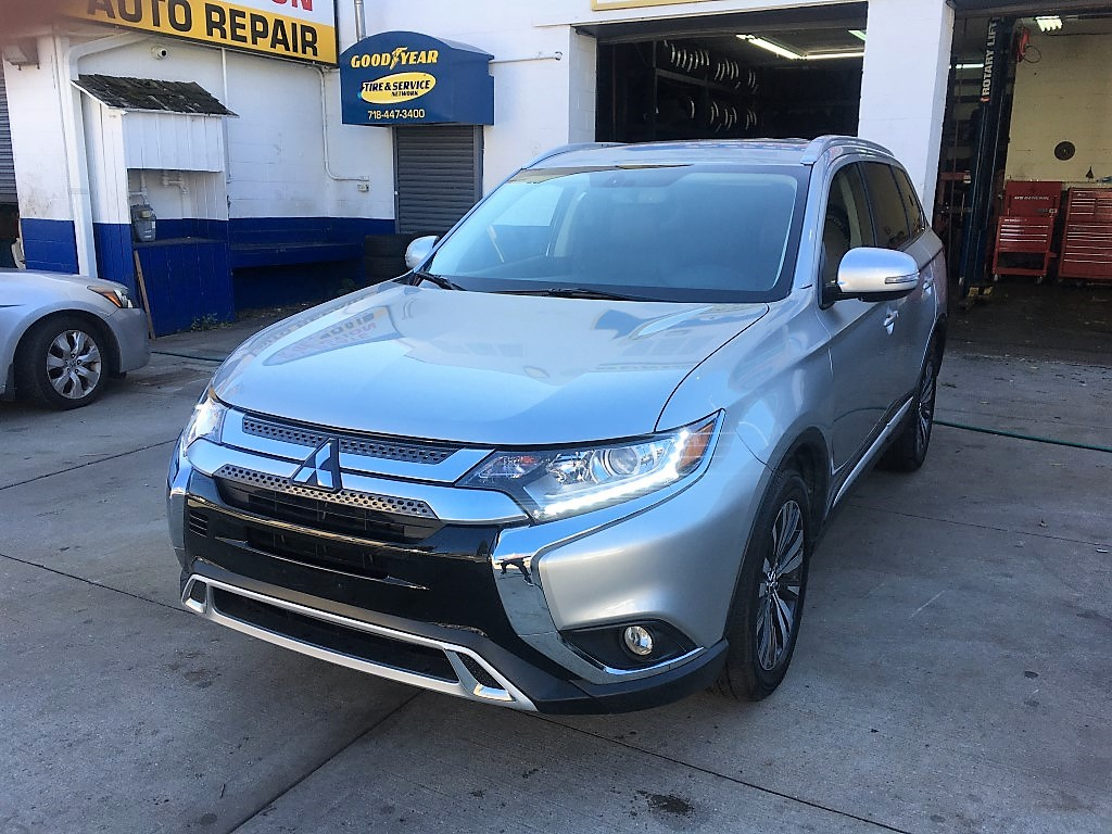 Used Car - 2019 Mitsubishi Outlander SEL AWD for Sale in Staten Island, NY