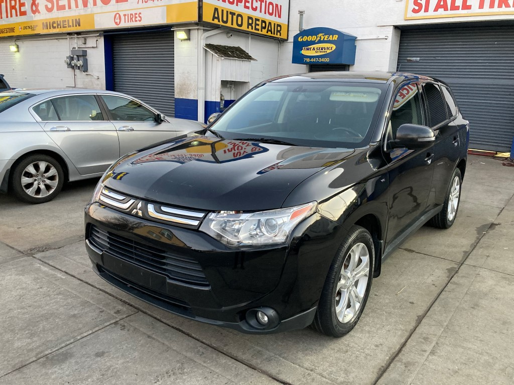 Used Car - 2014 Mitsubishi Outlander GT AWD for Sale in Staten Island, NY