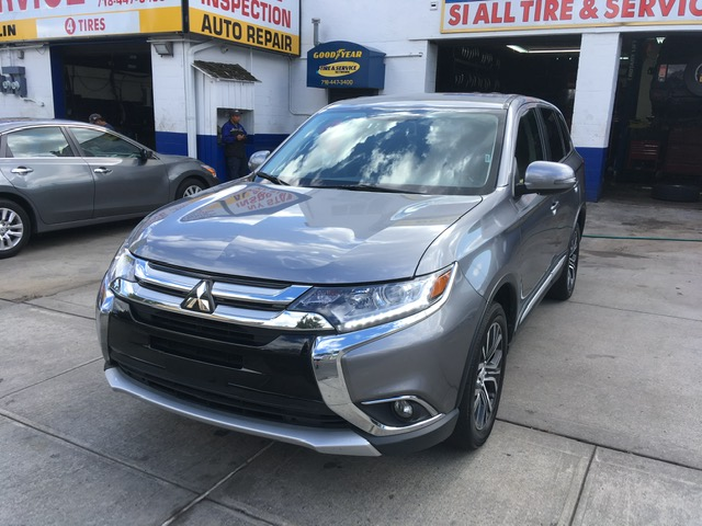 Used Car - 2018 Mitsubishi Outlander SE AWD for Sale in Staten Island, NY