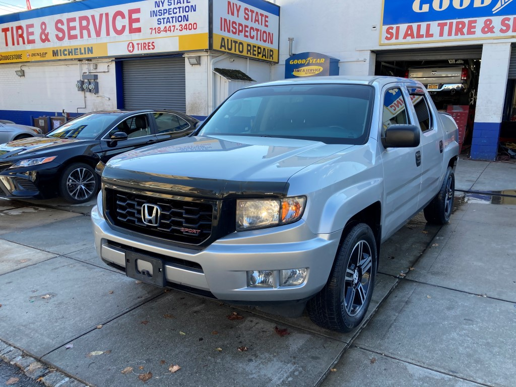 Used Car for sale - 2014 Ridgeline Sport 4x4 Crew Cab Honda  in Staten Island, NY