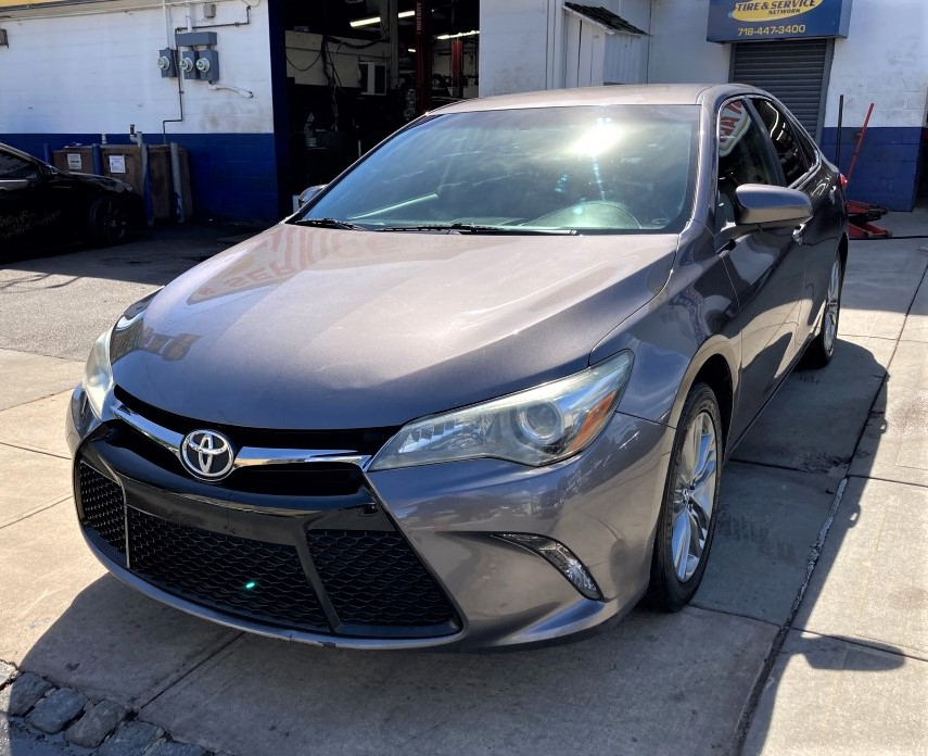 Used Car - 2015 Toyota Camry SE for Sale in Staten Island, NY