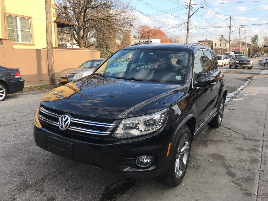 Used Car - 2017 Volkswagen Tiguan for Sale in Staten Island, NY