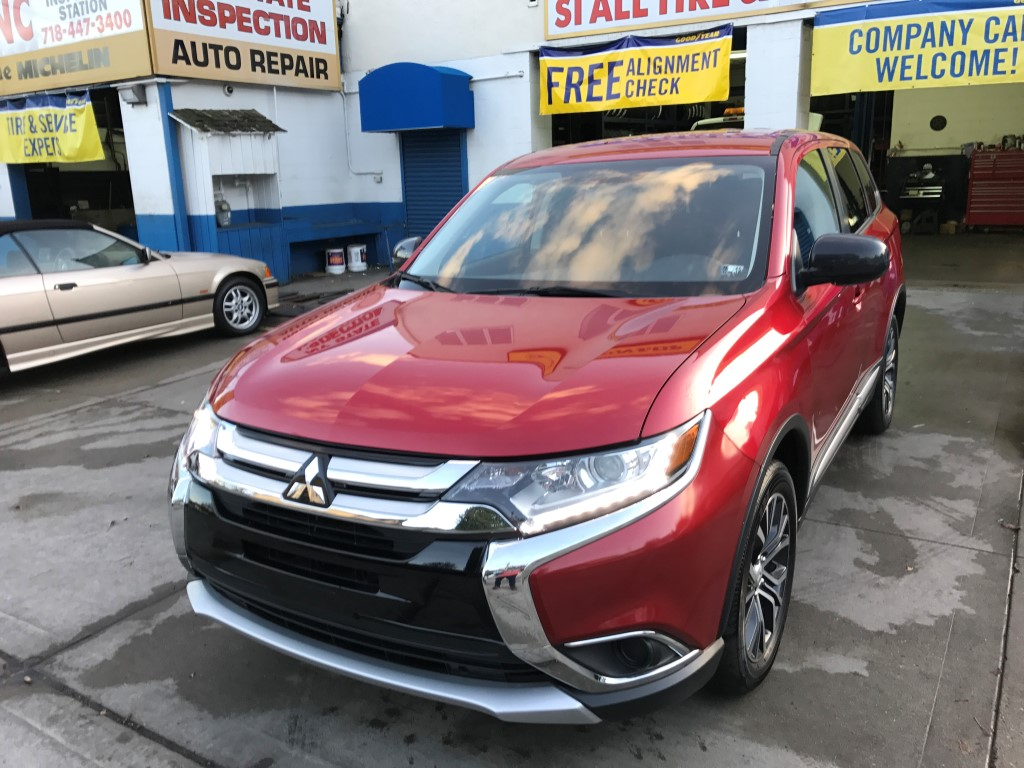 Used Car - 2017 Mitsubishi Outlander ES for Sale in Staten Island, NY