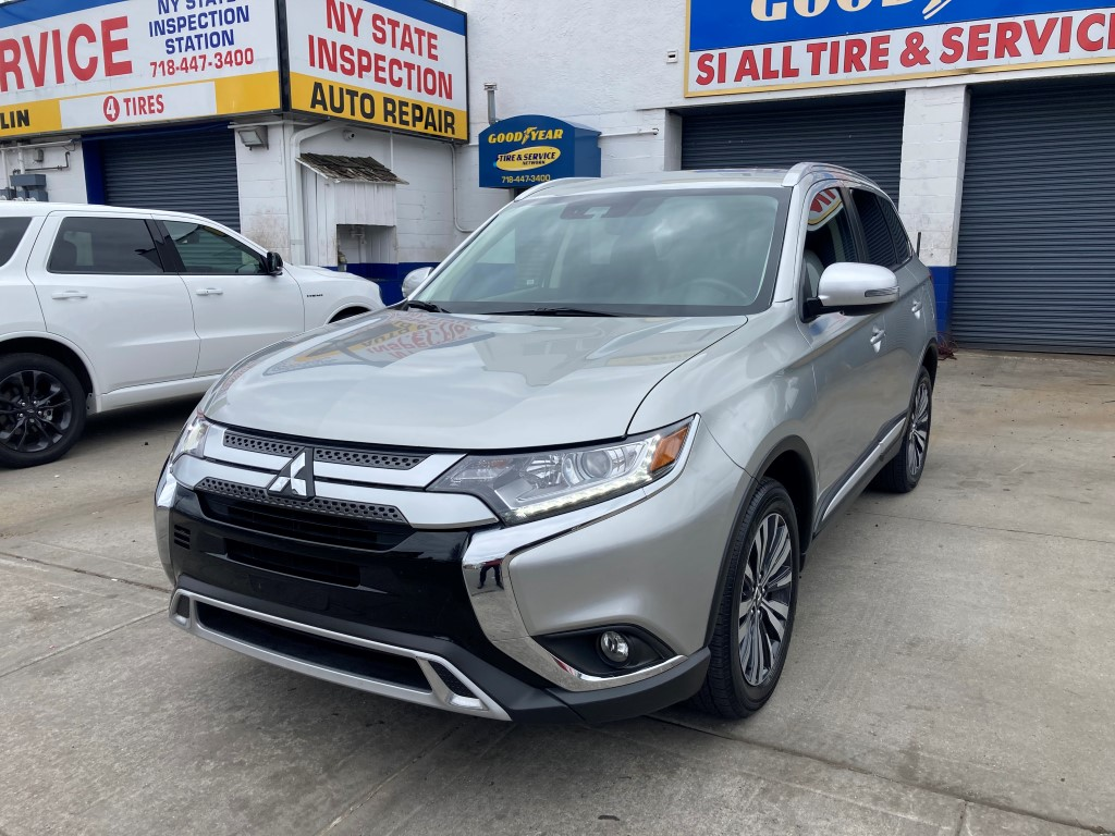 Used Car for sale - 2020Outlander SEL AWDMitsubishi in Staten Island, NY