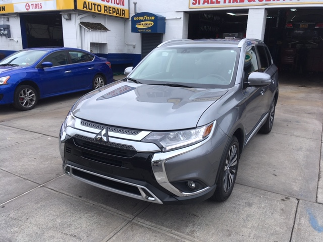 Used Car for sale - 2019 Outlander SEL Mitsubishi  in Staten Island, NY