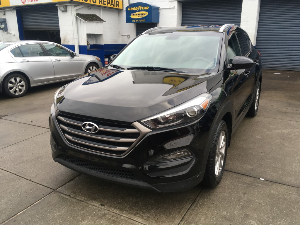 Used Car - 2016 Hyundai Tucson SE AWD for Sale in Staten Island, NY