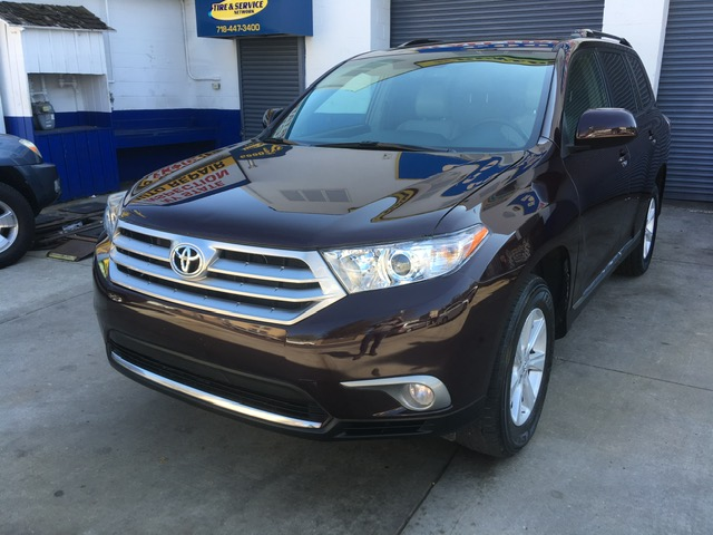 Used Car - 2011 Toyota Highlander SE AWD for Sale in Staten Island, NY