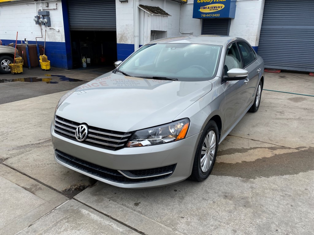 Used Car - 2014 Volkswagen Passat S for Sale in Staten Island, NY