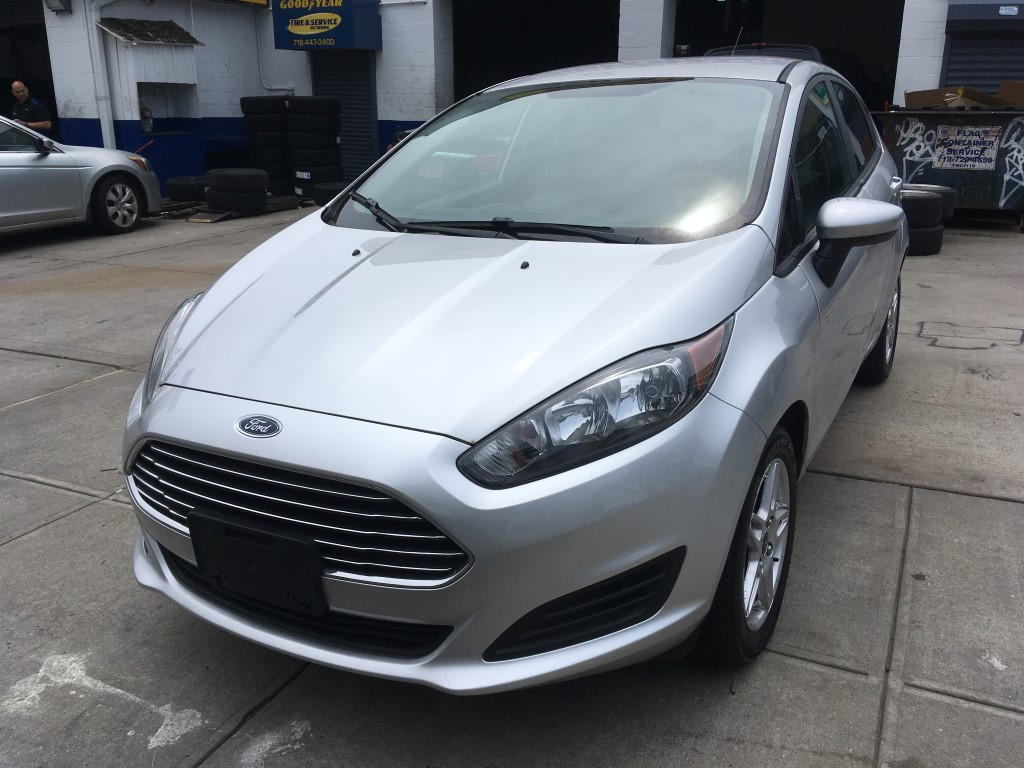 Used Car - 2017 Ford Fiesta SE for Sale in Brooklyn, NY