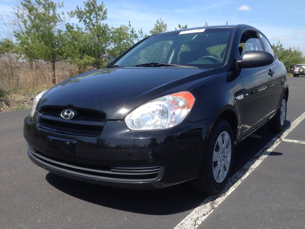 2009 hyundai accent hatchback mpg