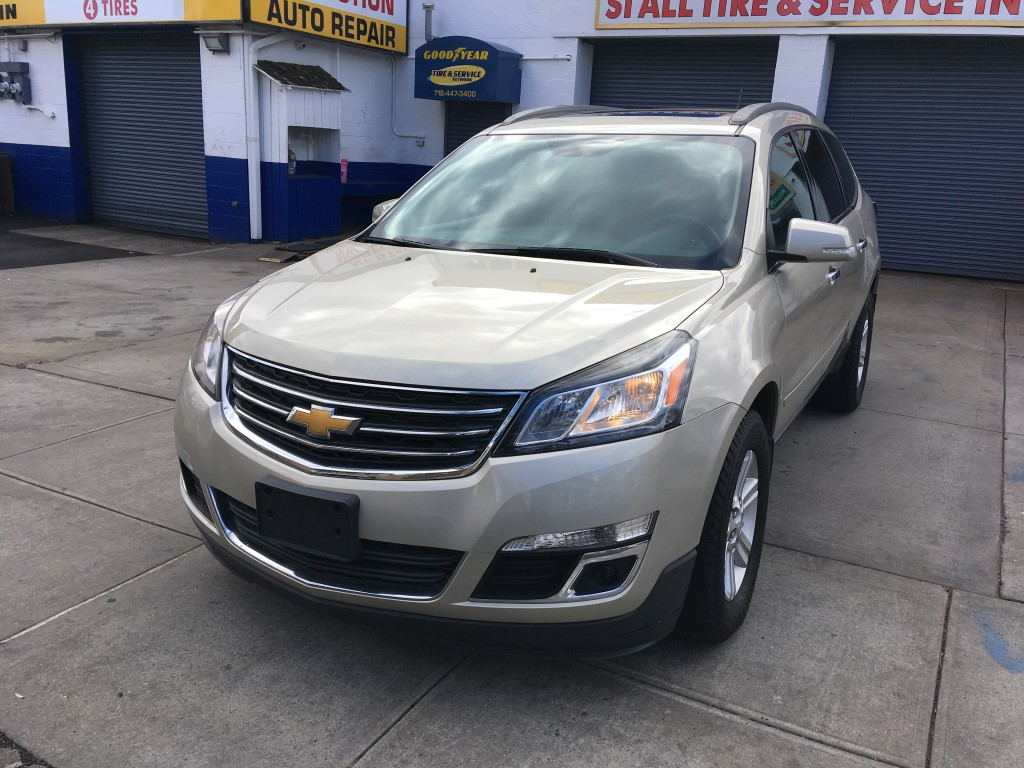 Used Car - 2013 Chevrolet Traverse LT for Sale in Staten Island, NY
