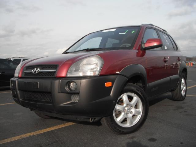 offers used car for sale 2005 hyundai tucson sport utility 6 in. Black Bedroom Furniture Sets. Home Design Ideas