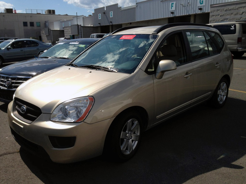 Used Car - 2008 Kia Rondo LX for Sale in Staten Island, NY