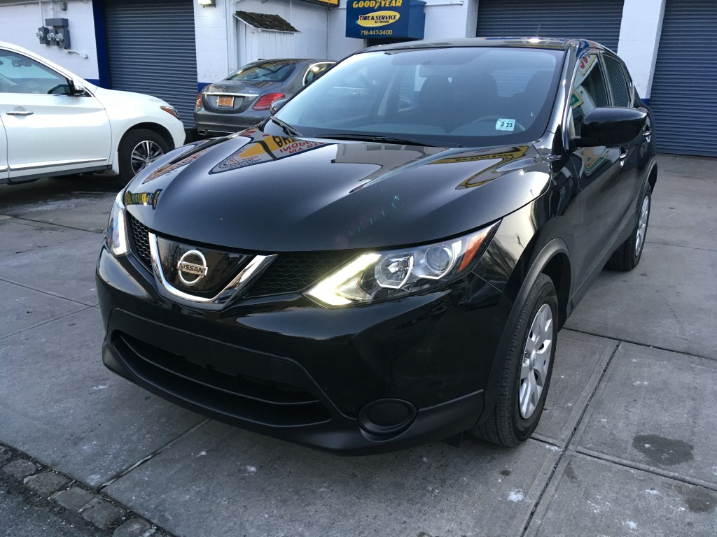 Used Car - 2018 Nissan Rogue Sport S for Sale in Staten Island, NY