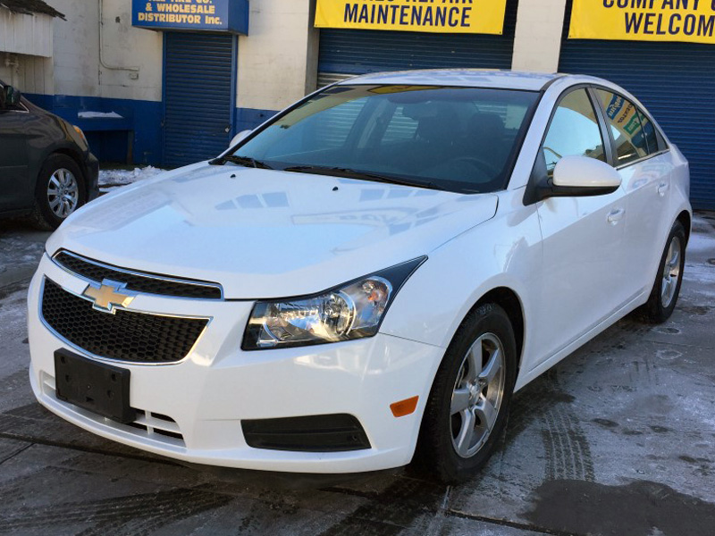 used 2014 chevrolet cruze sedan 4 dr 12. Black Bedroom Furniture Sets. Home Design Ideas
