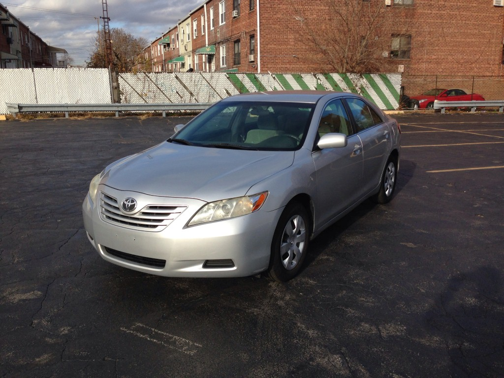 offers used car for sale 2007 toyota camry sedan 7 in staten. Black Bedroom Furniture Sets. Home Design Ideas