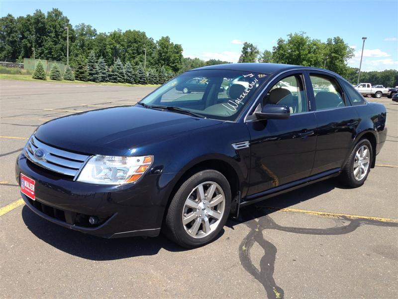 offers used car for sale 2008 ford taurus sedan 7 in staten. Black Bedroom Furniture Sets. Home Design Ideas