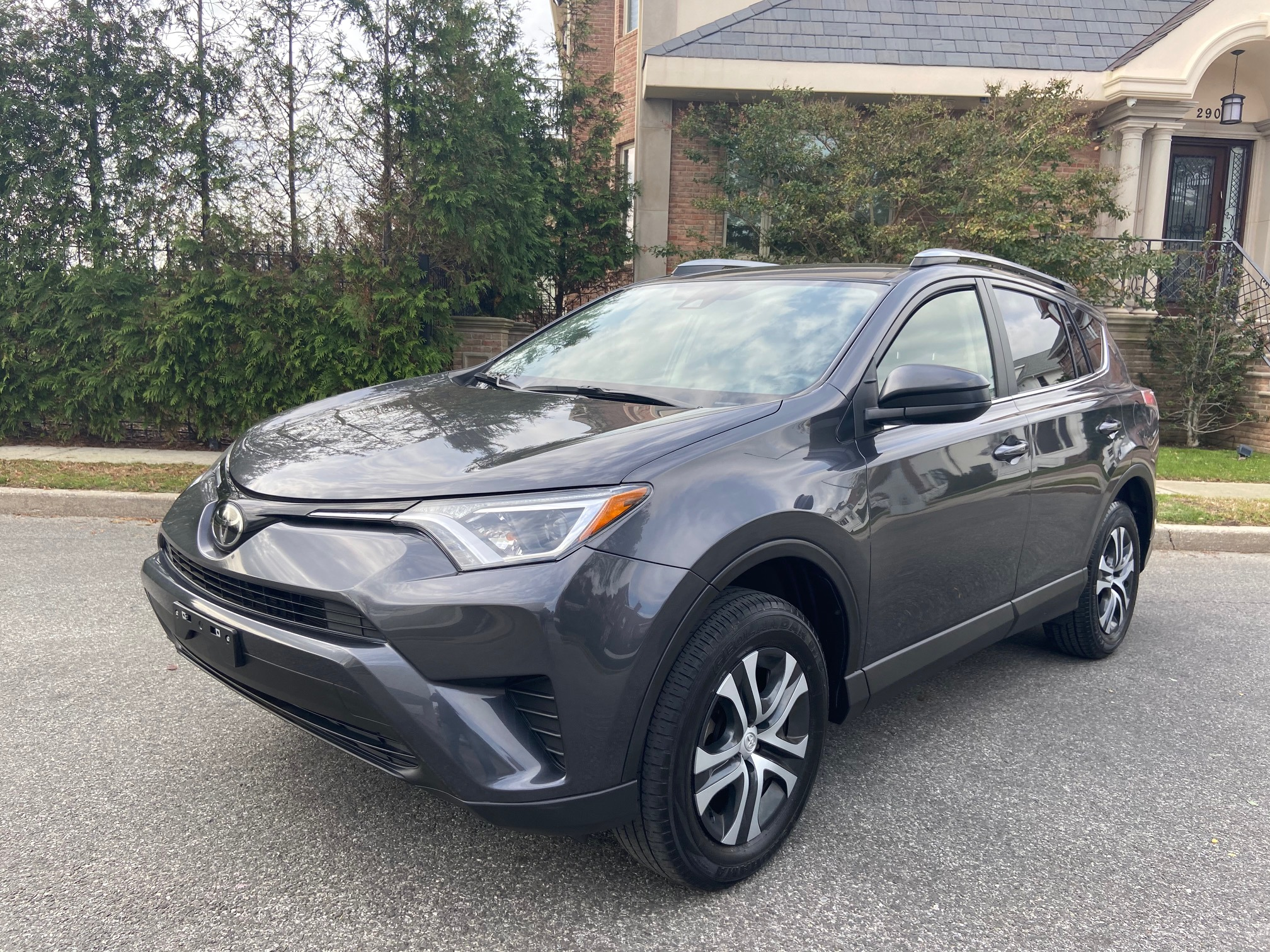 Used Car - 2018 Toyota RAV4 LE AWD for Sale in Staten Island, NY