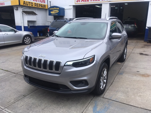 Used Car for sale - 2019 Cherokee Latitude Plus 4x4 Jeep  in Staten Island, NY