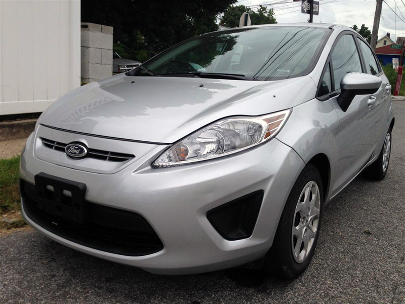 Used Car - 2013 Ford Fiesta SE for Sale in Staten Island, NY
