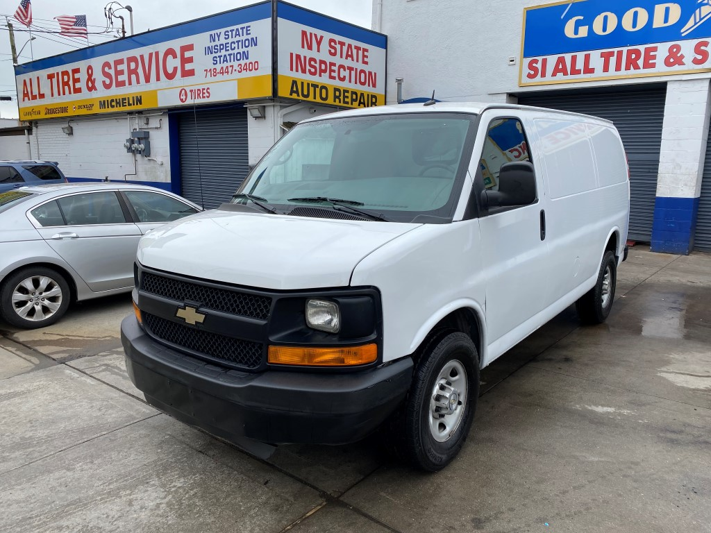 Used Car - 2015 Chevrolet Express 2500 for Sale in Staten Island, NY