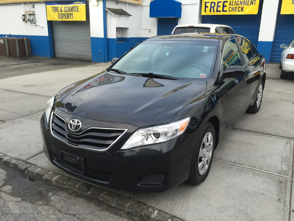 offers used car for sale 2011 toyota camry sedan 15 in staten. Black Bedroom Furniture Sets. Home Design Ideas