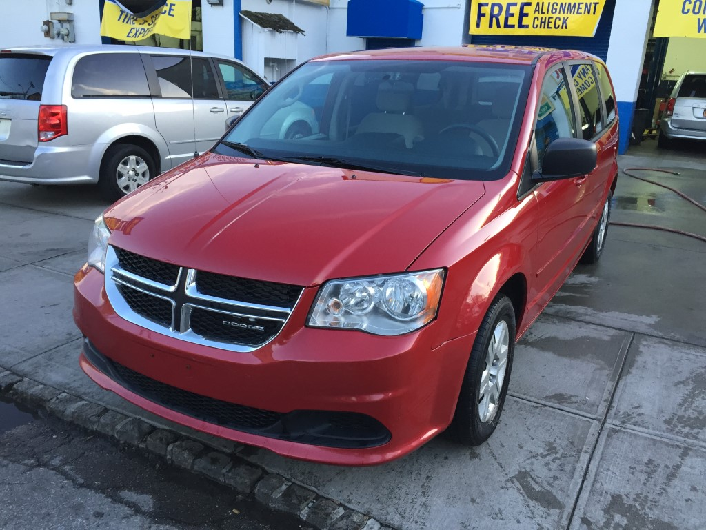 used 2012 dodge grand caravan se minivan 8. Black Bedroom Furniture Sets. Home Design Ideas