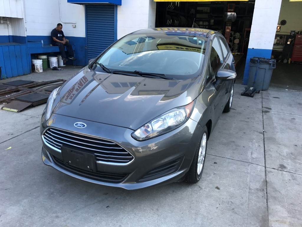 Used Car for sale - 2015 Fiesta SE Ford  in Staten Island, NY