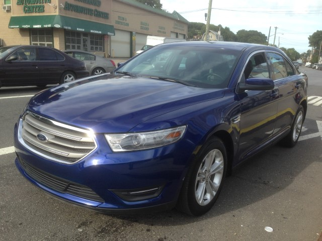 Used Car - 2013 Ford Taurus SEL for Sale in Staten Island, NY