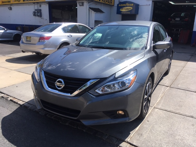 Used Car for sale - 2018 Altima SV Nissan  in Staten Island, NY