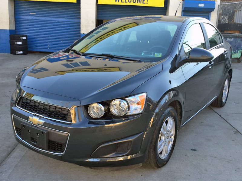 used 2014 chevrolet sonic lt sedan 4 dr 10. Black Bedroom Furniture Sets. Home Design Ideas