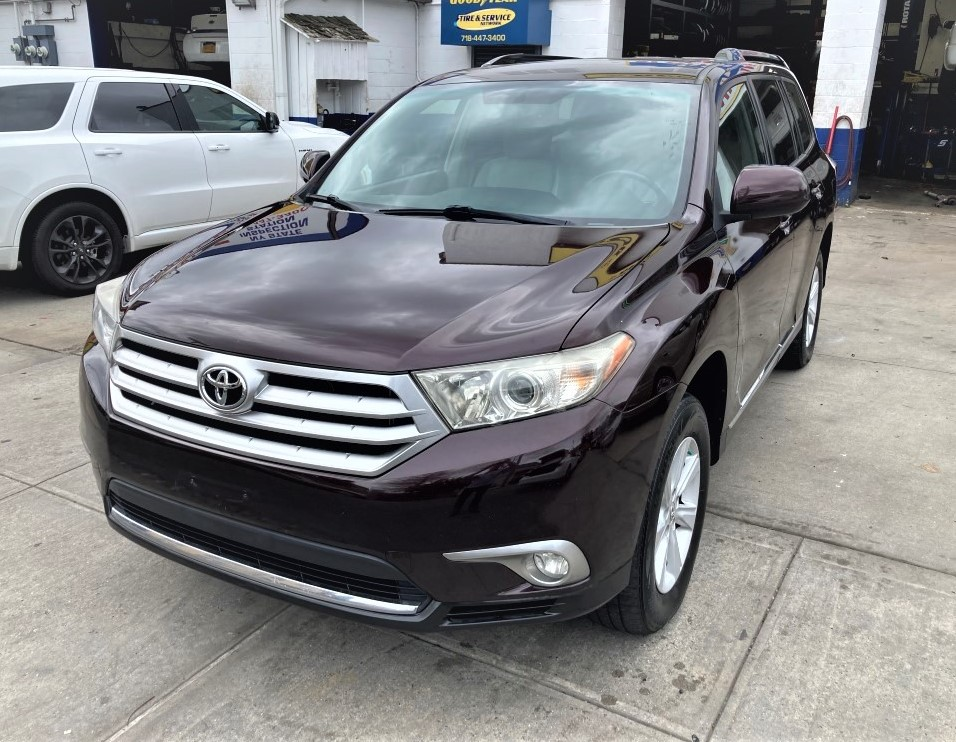 Used Car - 2013 Toyota Highlander SE AWD for Sale in Staten Island, NY