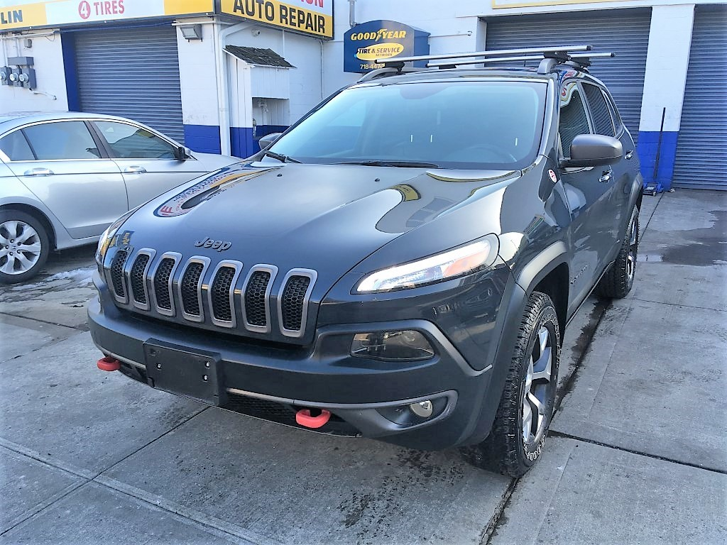 Used Car - 2016 Jeep Cherokee Trailhawk 4x4 for Sale in Staten Island, NY