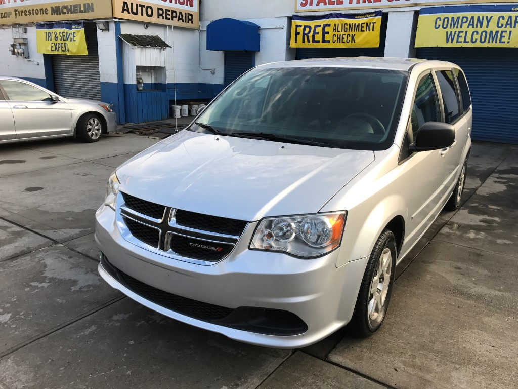 Used Car - 2012 Dodge Grand Caravan for Sale in Staten Island, NY