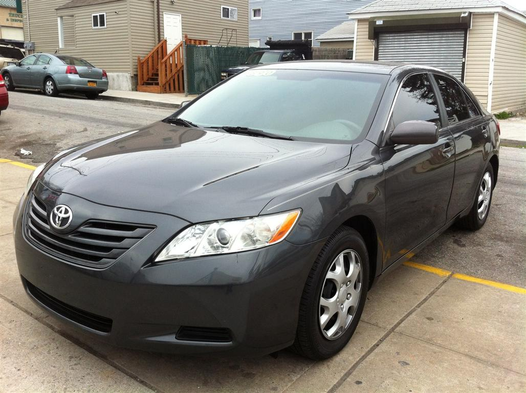offers used car for sale 2008 toyota camry sedan le 9 in staten. Black Bedroom Furniture Sets. Home Design Ideas
