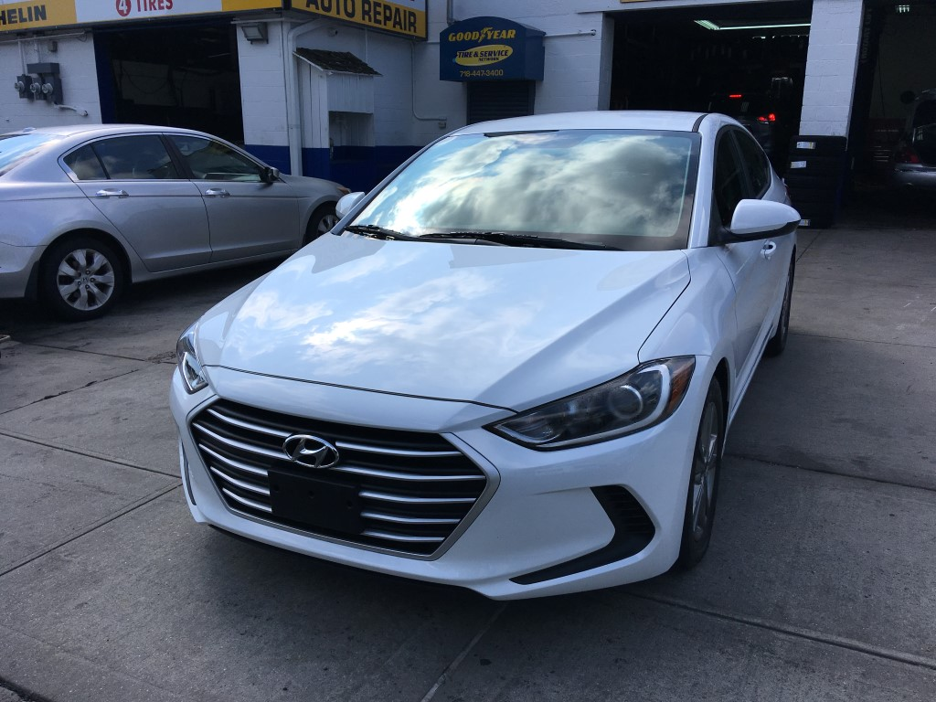 Used Car for sale - 2018 Elantra SEL Hyundai  in Staten Island, NY