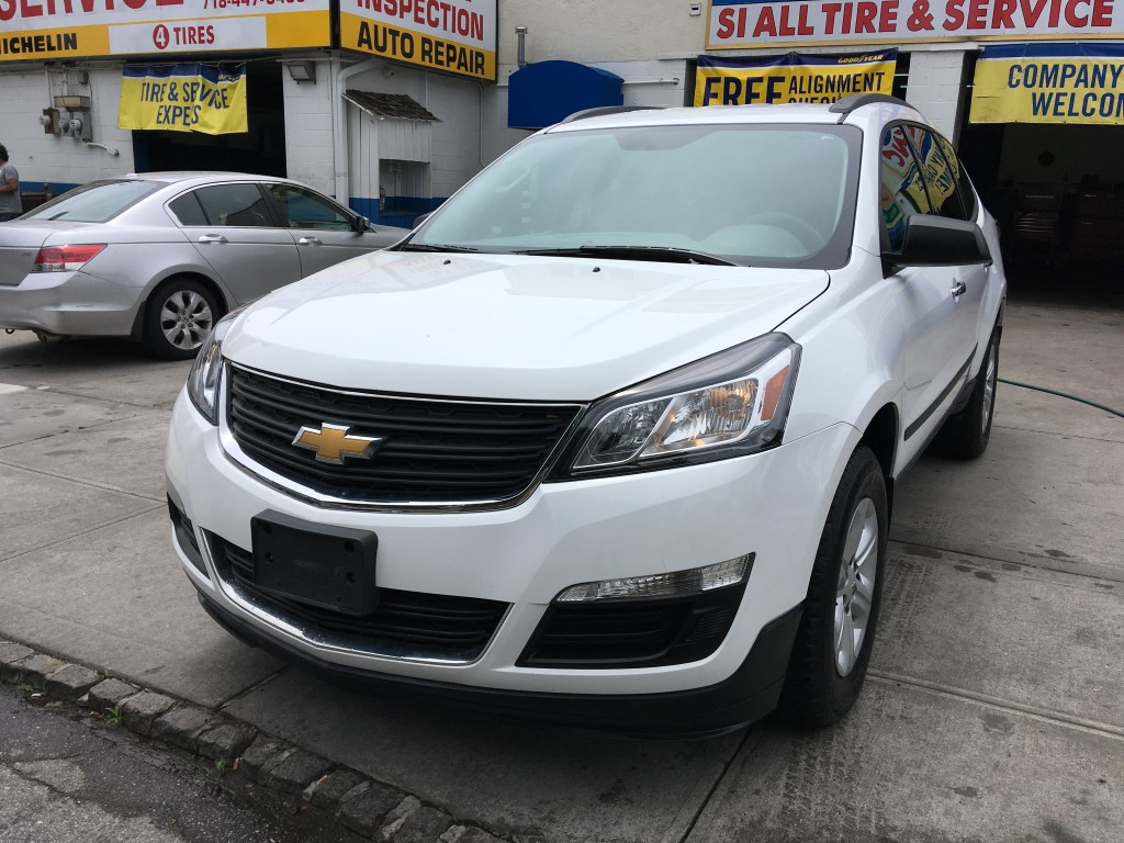 Used Car - 2016 Chevrolet Traverse LS for Sale in Staten Island, NY