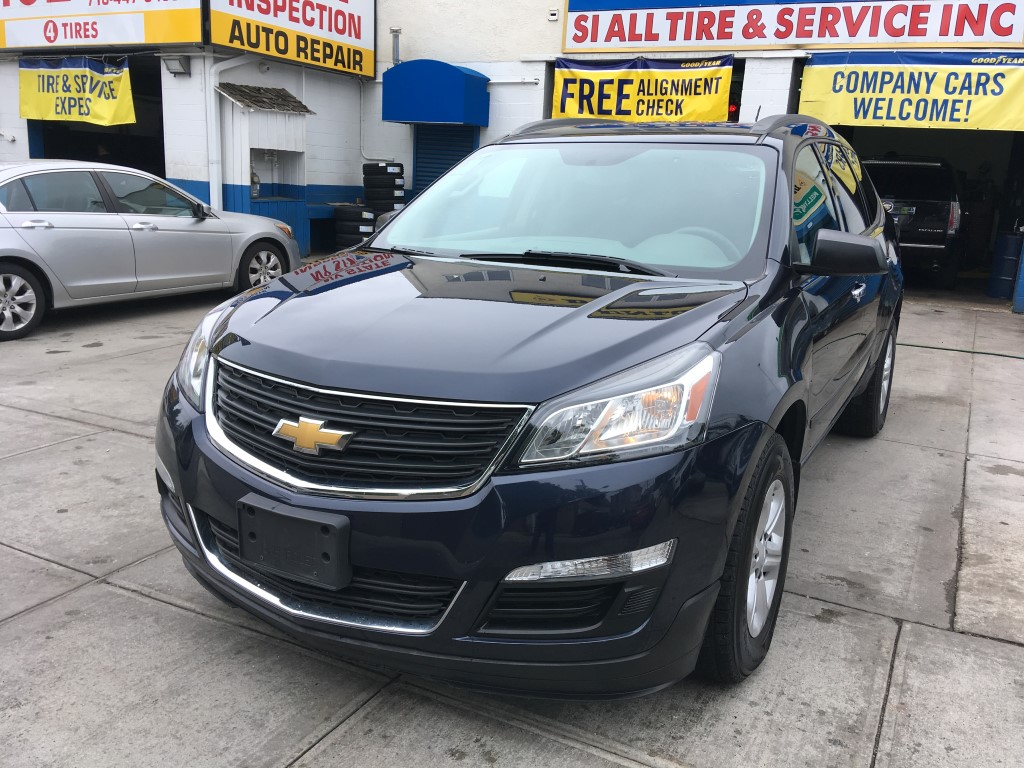 Used Car - 2015 Chevrolet Traverse LS for Sale in Staten Island, NY