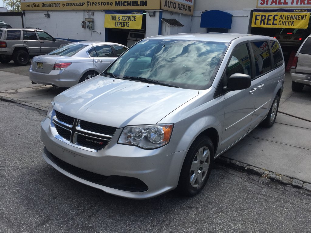 used 2012 dodge grand caravan se minivan 7. Black Bedroom Furniture Sets. Home Design Ideas
