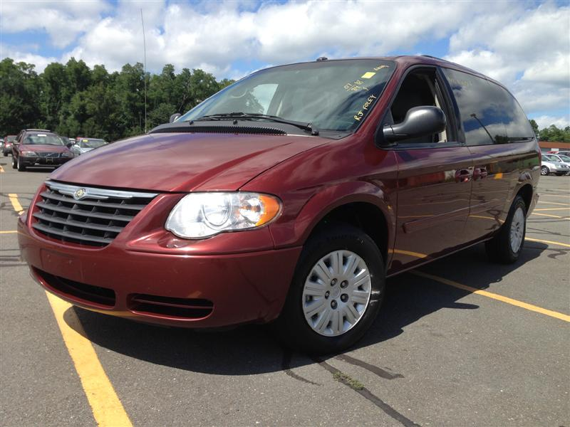 offers used car for sale 2007 chrysler town country minivan in. Black Bedroom Furniture Sets. Home Design Ideas