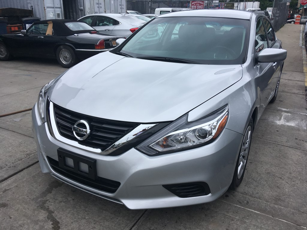 Used Car for sale - 2017 Altima S Nissan  in Staten Island, NY