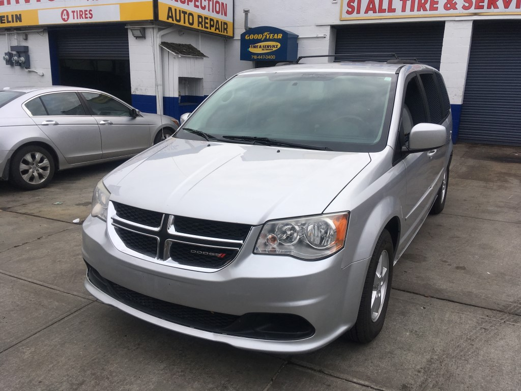 Used Car - 2012 Dodge Grand Caravan SXT for Sale in Staten Island, NY