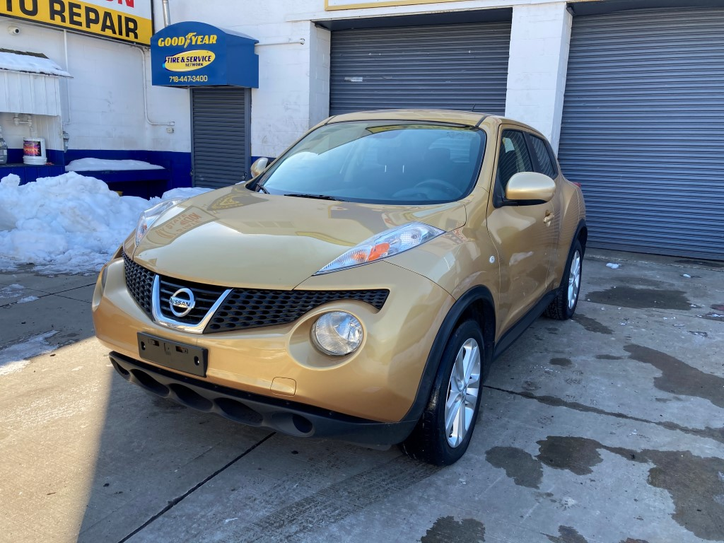 Used Car - 2014 Nissan Juke S for Sale in Staten Island, NY