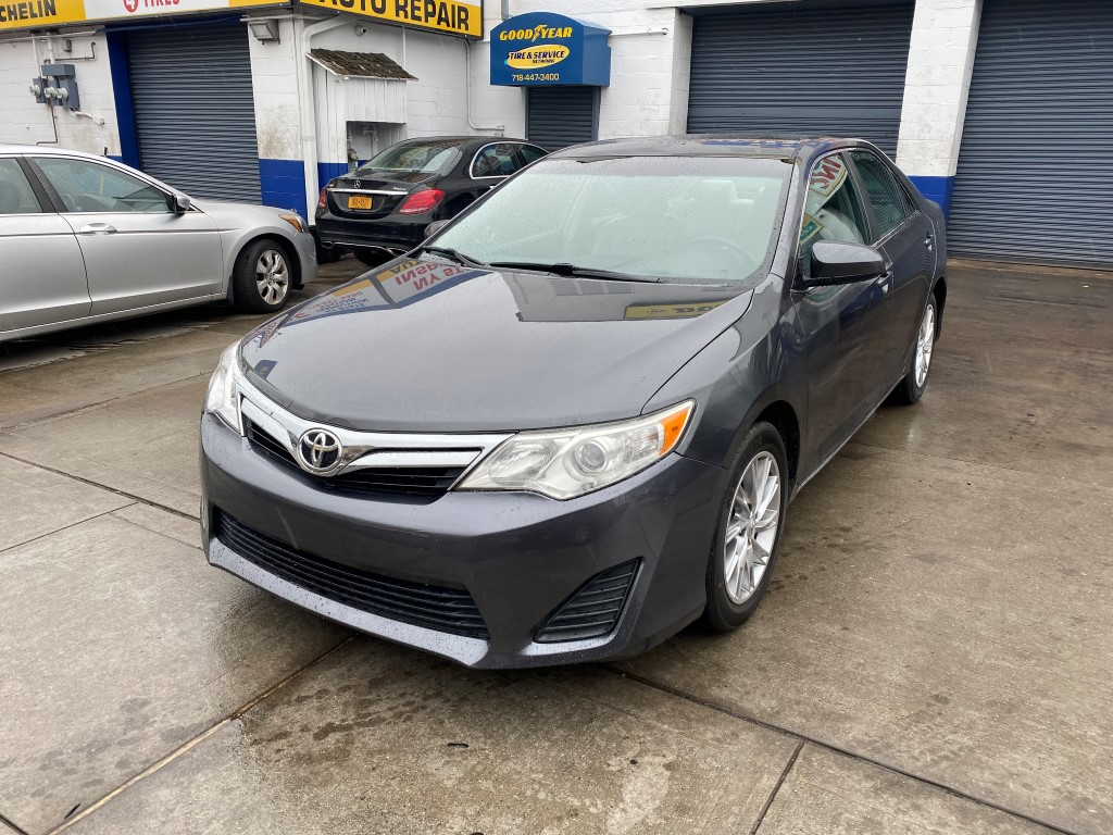 Used Car - 2014 Toyota Camry LE for Sale in Staten Island, NY