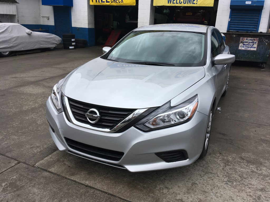 Used 2016 Nissan Altima S Sedan $12,390.00