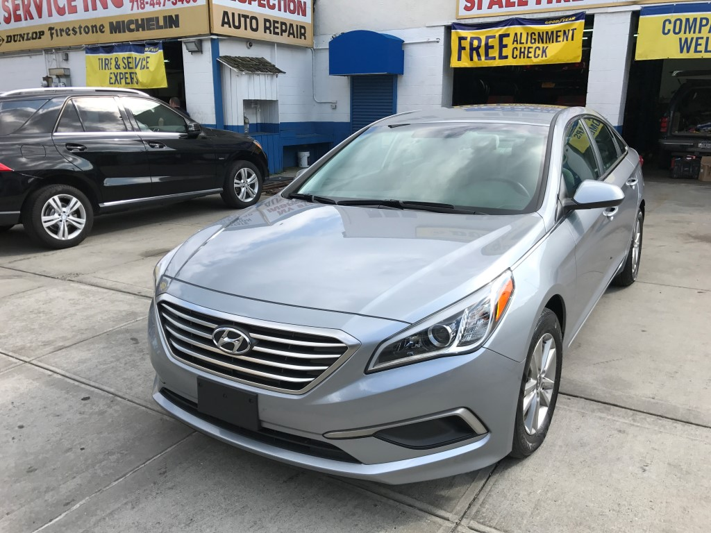 Used Car for sale - 2016 Sonata SE Hyundai  in Staten Island, NY