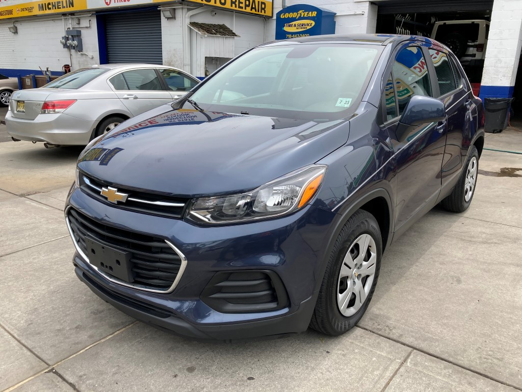 Used Car - 2018 Chevrolet Trax LS for Sale in Staten Island, NY