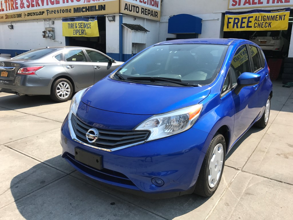 used 2015 nissan versa note sv hatchback 6. Black Bedroom Furniture Sets. Home Design Ideas
