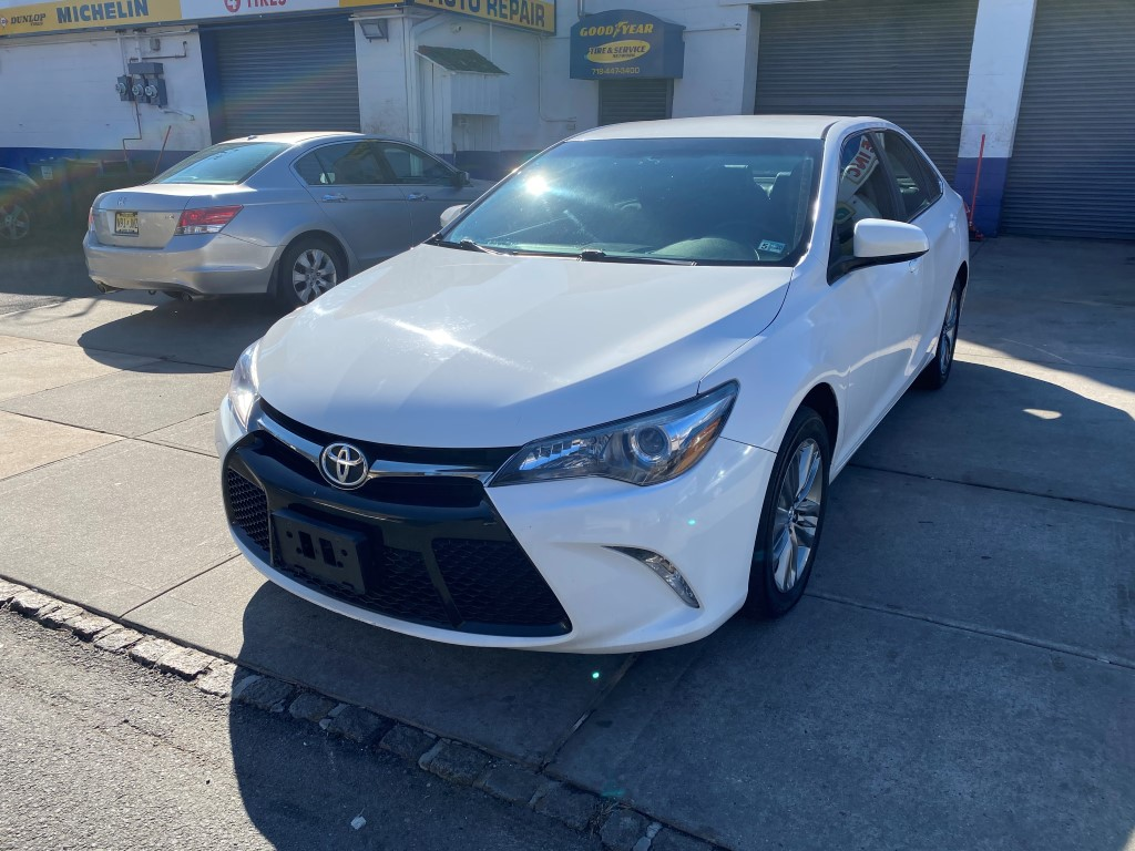 Used Car - 2017 Toyota Camry SE for Sale in Staten Island, NY